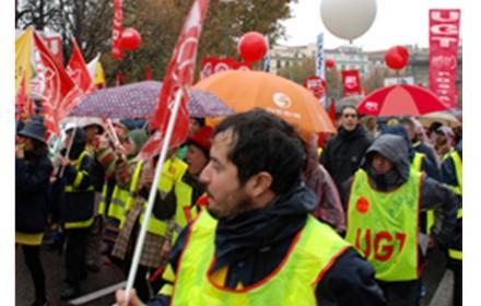 ugt llama a continuar las movilizaciones en Correos