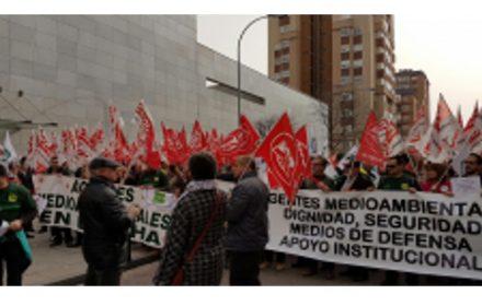 manifestacion agentes mediomabientales feb-2017