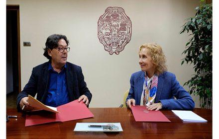 firma convenio colaboración Universidad Pontificia Salamanca