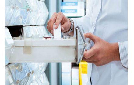 UGT insiste incremento 5 en 3 años trabajadores farmacias