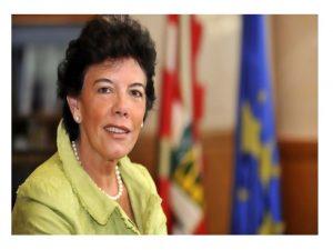 FeSP confía ministra revierta recortes educativos