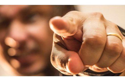 UGT denuncia a dedo en la ADE
