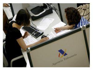 Convoc lab fijo completo Aux Administración Inform Campaña Renta