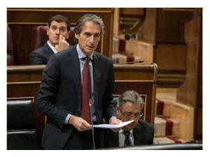 ministro Fomento contesta a grupo socialista Senado planes Correos