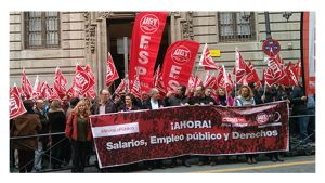 Miles empleados calle reivindicar salarios y derechos