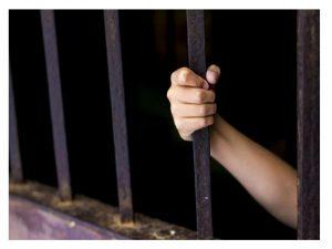 78 menores de tres años viven madres prisión