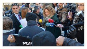 funcionarios prisiones calientan Think Europe